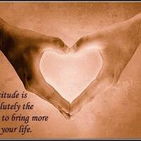 Cinta: antara Budaya dan Tanggung-Jawab, Juga antara Perasaan dan Akal Sehat