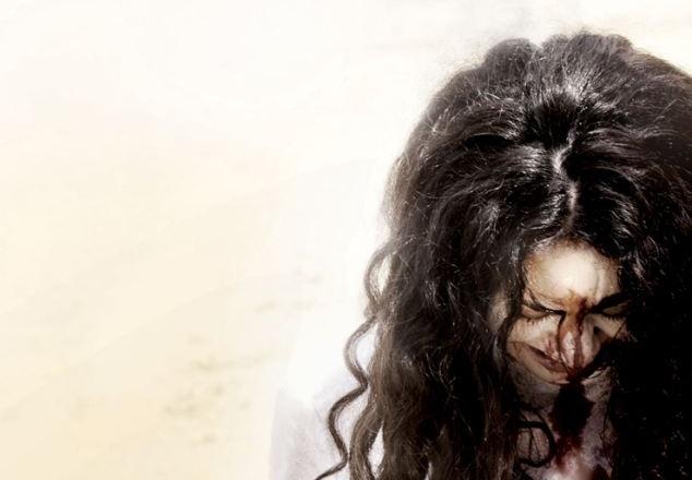 Perempuan yang Melayarkan Doa